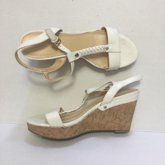 0580a2fea0385 Liz Claiborne Shoes - (3  15 SALE) Liz Claiborne White Wedges 8.5